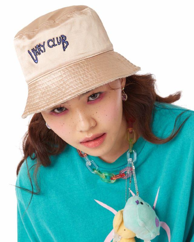 UXRY  IMOTO  CARAMEL BUCKET HAT