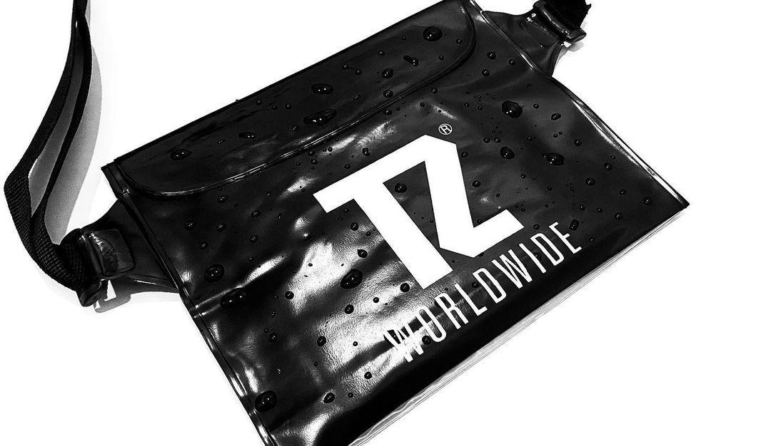 TZ WATER PROOF WAIST POUCH - BLACK
